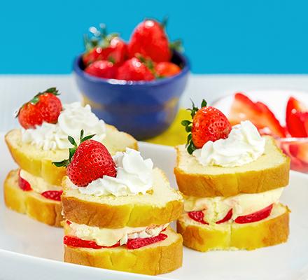 <p>Strawberry Shortcake<br /> Ice Cream Sandwiches</p>